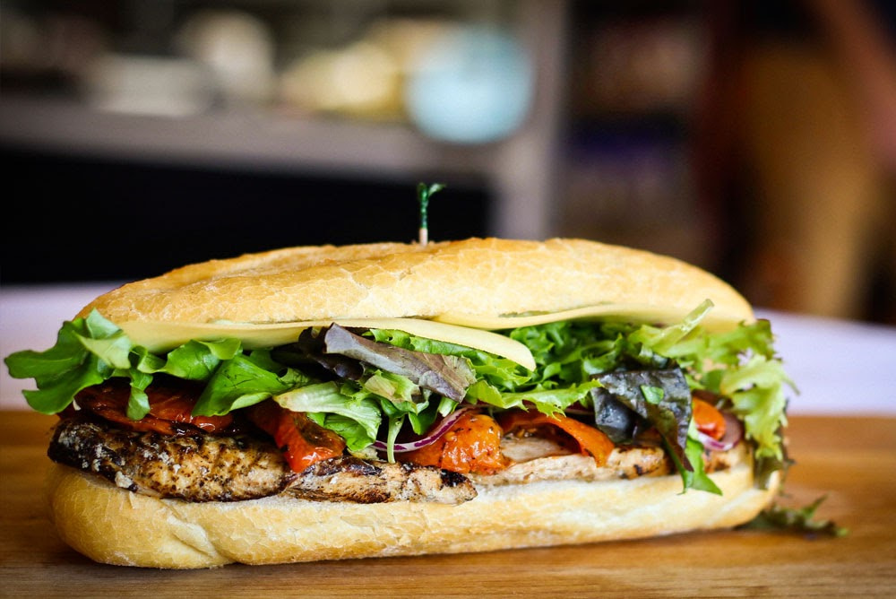 Top 3 Reasons Now is the Time to Look for A Fast-Casual Restaurant Franchise