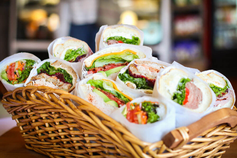 If a healthy food franchise is on your mind, let's talk about a healthier opportunity